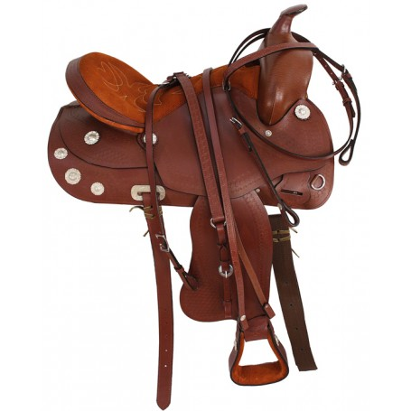 Gorgeous Comfortable Trail Saddle Complete W Tack 16