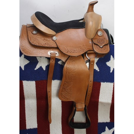 Goreous Tooled Saddle W Saddle Bag 16