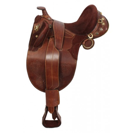Rought Out Australian Saddle Horn Stirrups Over Girth 17