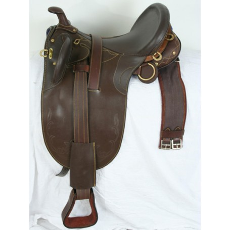 New Brown Australian Trail Saddle Package
